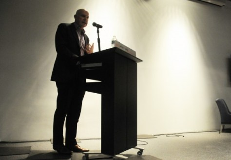 NYU hosts lecture for Wall Street Journal editor