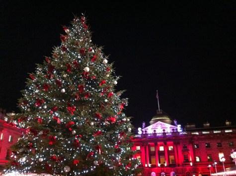 Students at NYU London get into the holiday spirit