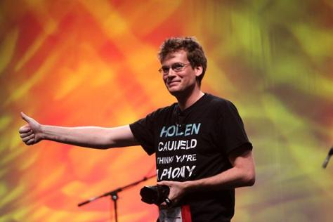Arts Issue: John Green doubles as YouTube star, celebrity author