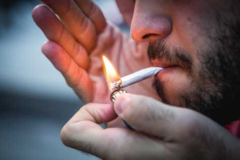 NYC vendors not complying to 21 and up cigarette law change