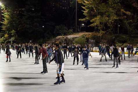 NYU ice-skating event creates Flurry of fun