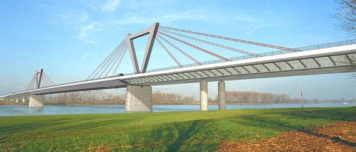 Ilverich Bridge in Germany, where S460ML has been used in the upper part of the pylons