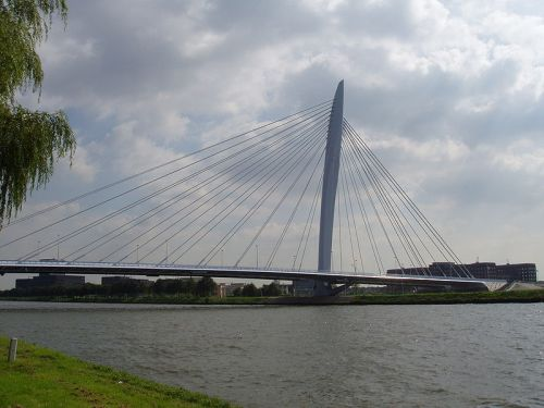 Prince Clause Bridge in Utrecht has a superstructure of high grade steel