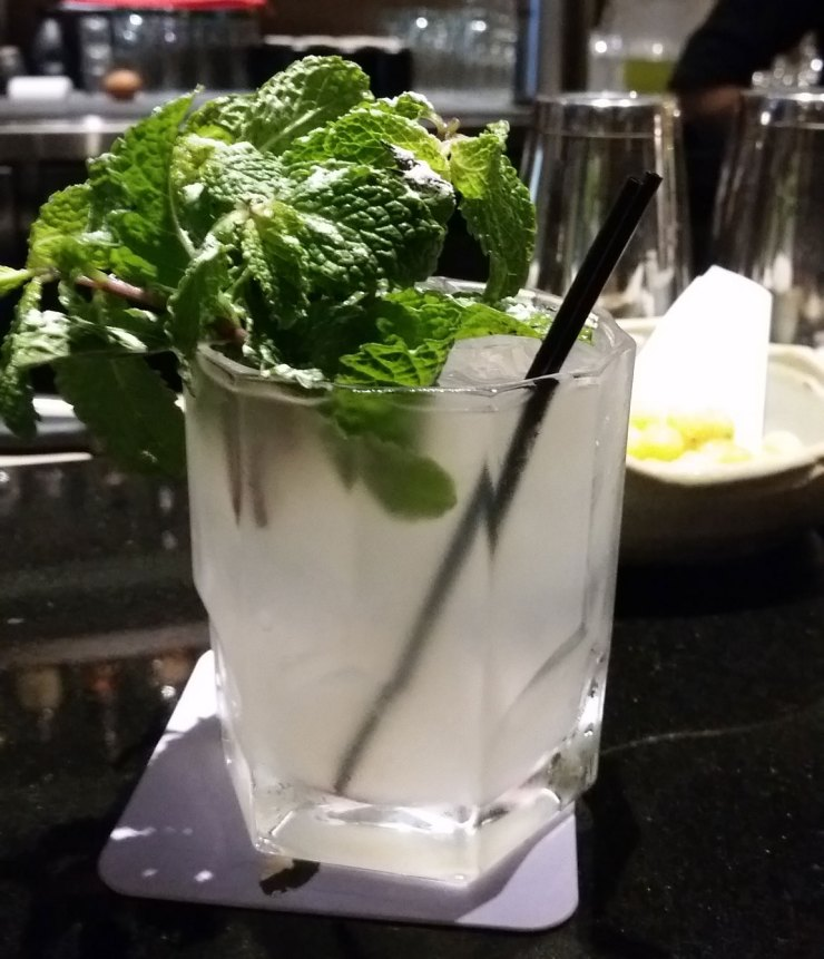 OakMonster.com - Fillets Bangkok - Yuzu Cooler