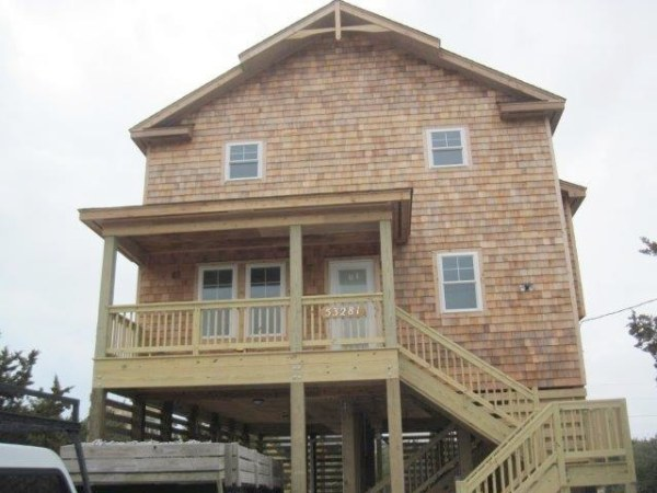 Price front view house