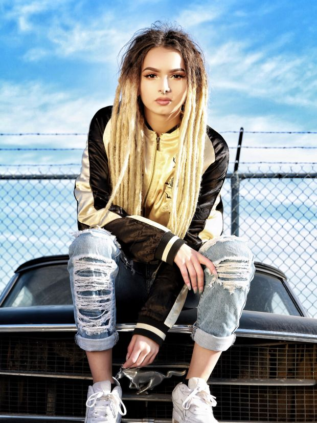 Dreads Girl Wallpaper Here S How Zhavia Fared On The Finale Of The Four