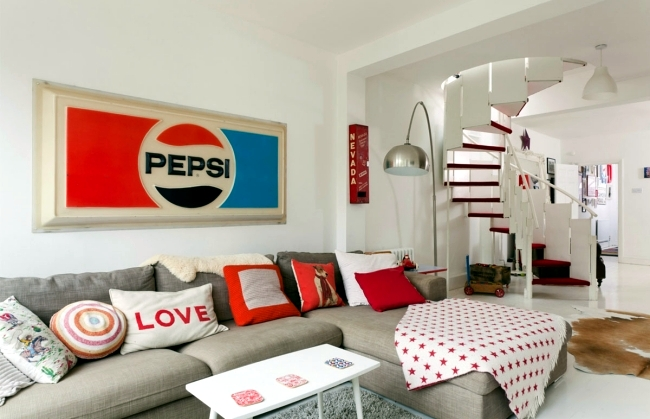 Installation In Retro Style Furniture And The Colors Of