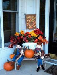 Outdoor decorations for fall  Decorate the entrance ...