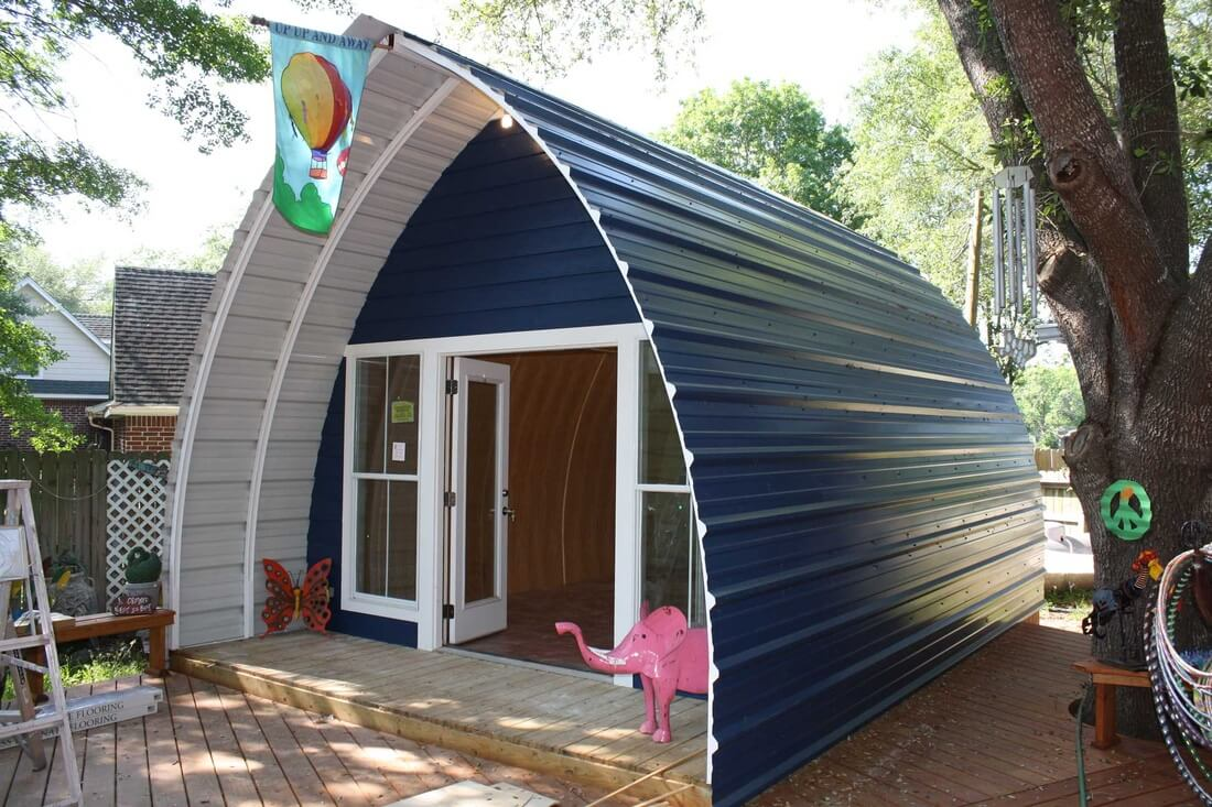 Arched cabin 2