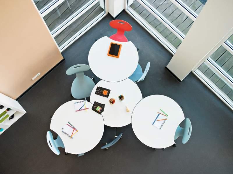 Innovative-buromobel-fur-konferenzraum-33 best 25+ küchenwagen - innovative kuhlschrank designkonzepte