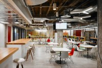 Take a Look at Yelps New Office in Chicago - Officelovin'