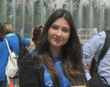 """Studentessa del Marconi all' Expo per la """"Festa dell'Europa"""""""