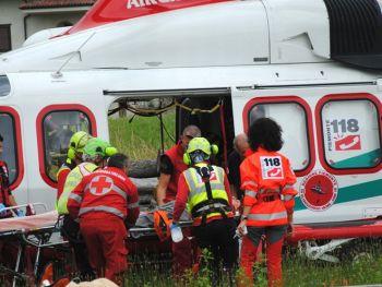 Gavi e Tortona, due incidenti con le moto, tre feriti, un uomo in fin di vita al Cto