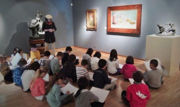 Gli alunni della Salvo D'acquisto alla Pinacoteca della Fondazione