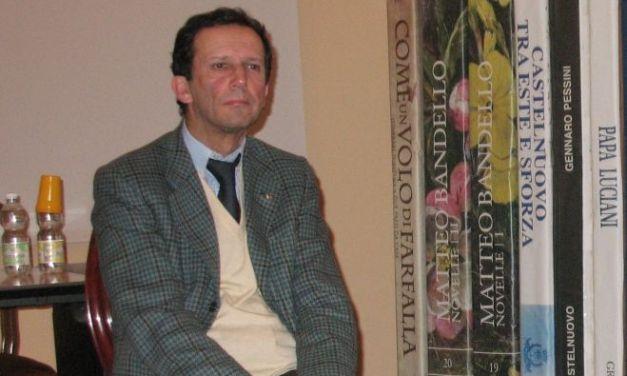 A Castelnuovo il dermatologo Vignoli pubblica un libro di vignette col contributo di Delconte