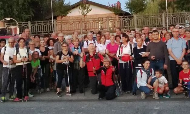 Tanta gente alla camminata sotto le stelle di Mombello Monferrato