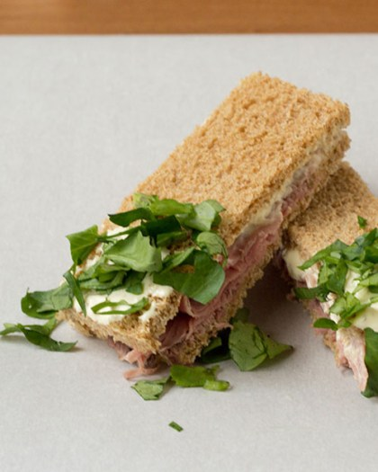 500x625-roast-beef-tea-sandwich
