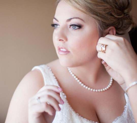 5 tips for choosing a makeup artist for your wedding | elegance by alex on ohlovelyday.com