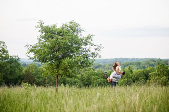 countryside engagement in Missouri | L. Frisch Photography