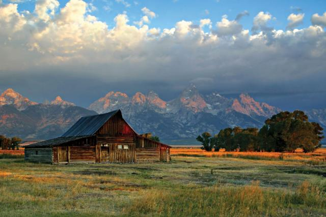 Fall Cabin Wallpaper Mormon Row Barn Grand Teton Oh Ranger