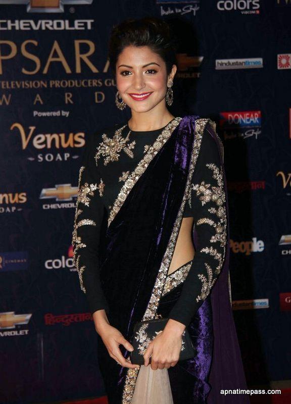 Anushka sharma wearing Saree