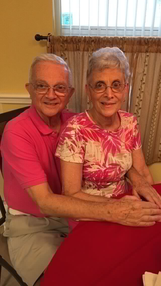 Grandparents matching outfits