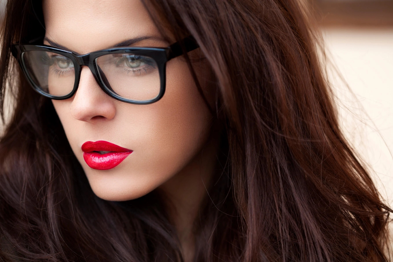 10 Trucos De Maquillaje Para Las Chicas Que Usan Lentes