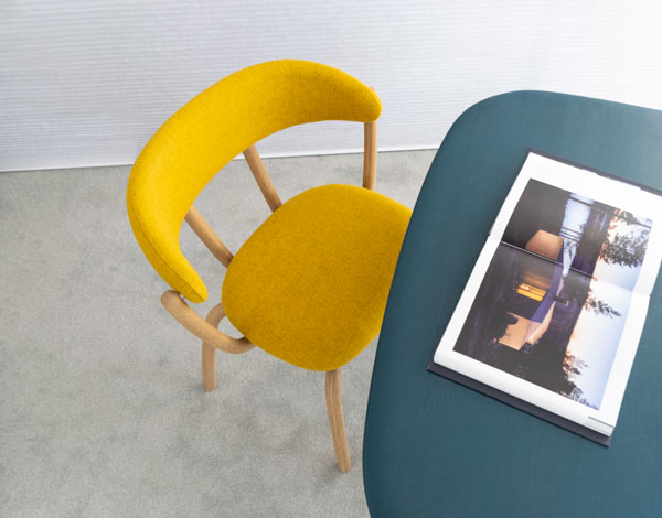 Pebble-Dining-Chair-w-Table-Top2-600px