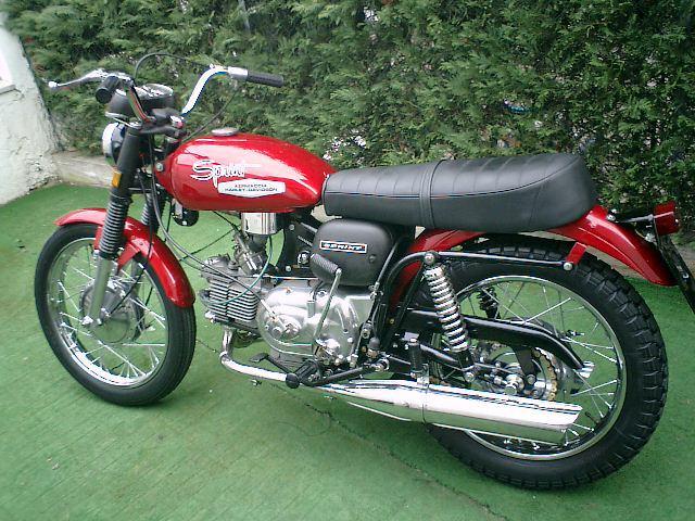 GT350 - AERMACCHI WORLD