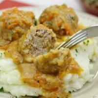 """Porcupine Meatballs With a Cream Sauce - Тефтели """"Ёжики"""""""