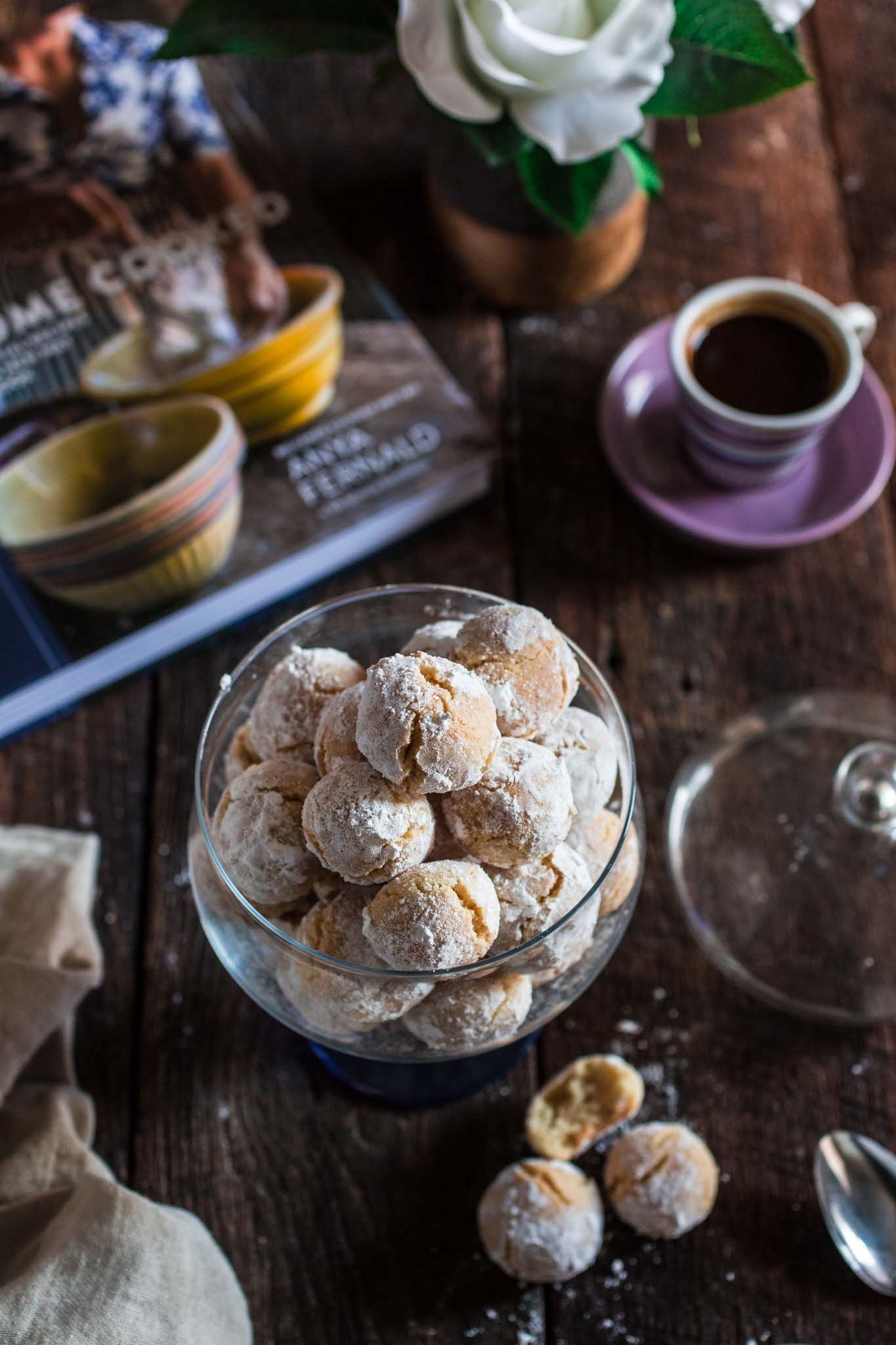 how to make soft amaretti cookies