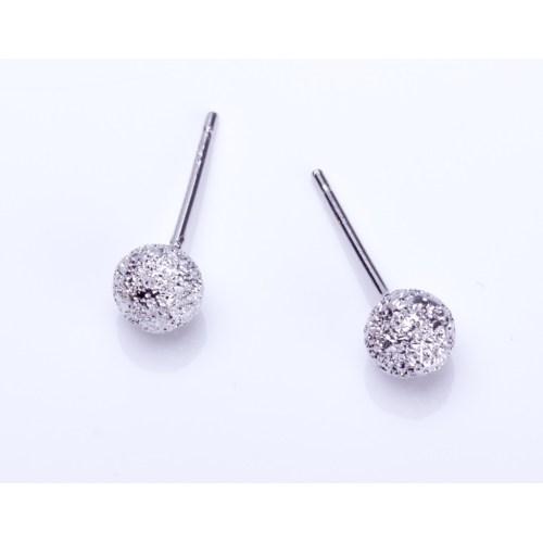 Medium Crop Of Silver Stud Earrings