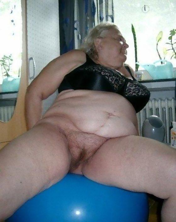 GILF sucht Mann fürs Bett