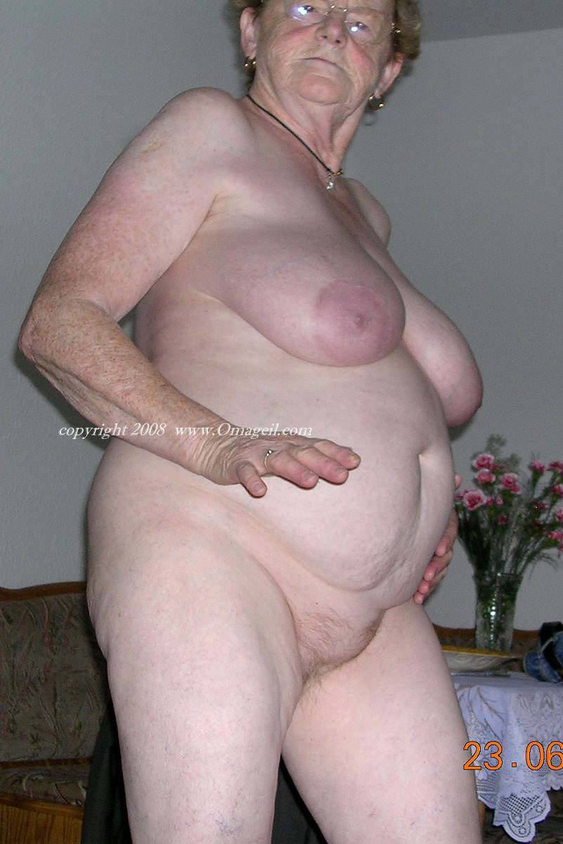 want Real Amateur Female Orgasms looking lady, active