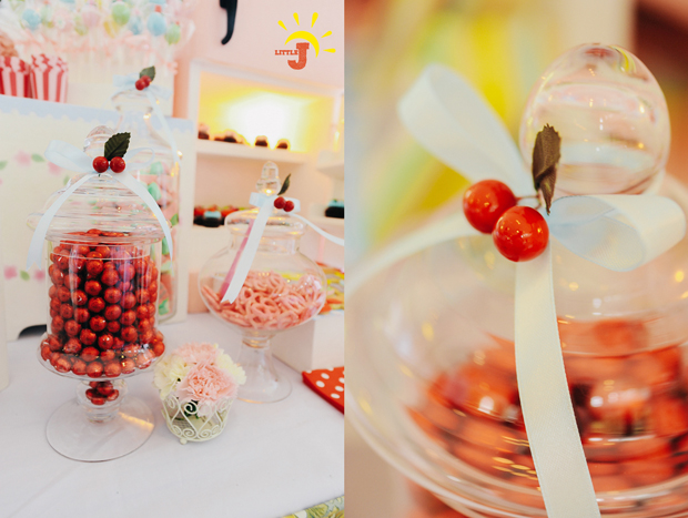 Retro Kitchen Inspired Party - 28