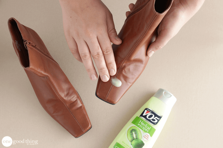 How To Clean Salt Stains From Leather Shoes In 4 Easy