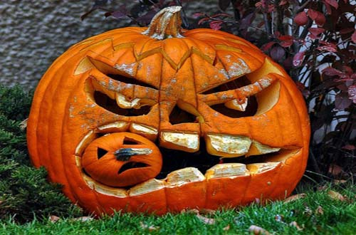 Unique pumpkin carving ideas for Different pumpkin designs