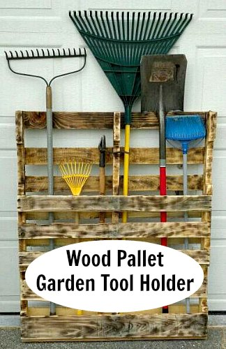DIY Recycled Wood Pallet Garden Tool Holder