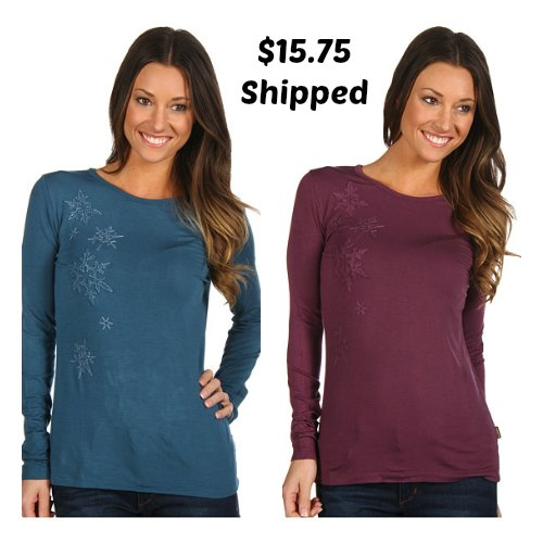 longs sleeved shirt with snowflakes