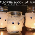 DIY Halloween Mason Jar Mummies