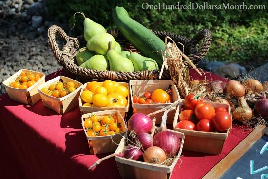 heirloom tomatoes roadside stand