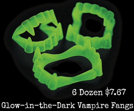 Glow-in-the-Dark Vampire Fangs