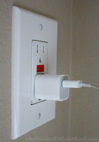 iphone plug outlet