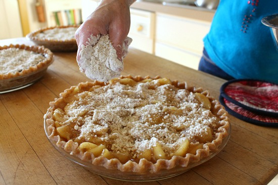 valerie baer cooking with whole grains apple pie