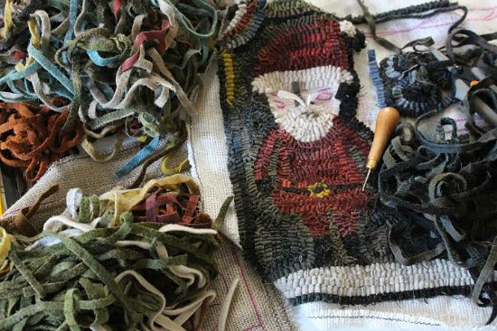 santa rug hooking