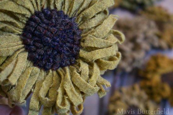 wool-hooked-rug-sunflowers