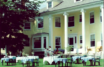 intimate wedding reception at Vermont inn with the Green Mounatins as a backdrop