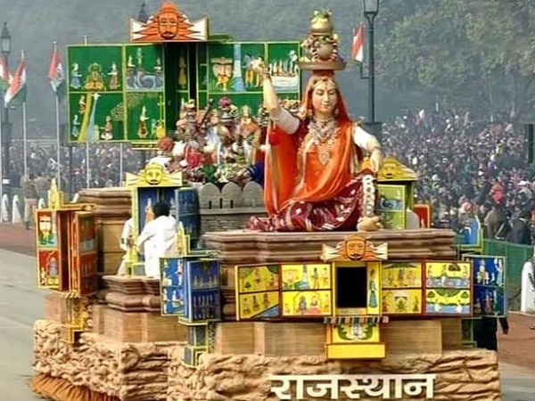 25 tableaux will roll down Rajpath in Republic Day parade - Oneindia