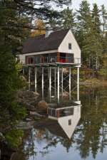 Pond House embracing the Coast of Maine