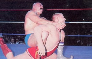 iron_sheik_-_bob_backlund-camel-clutch